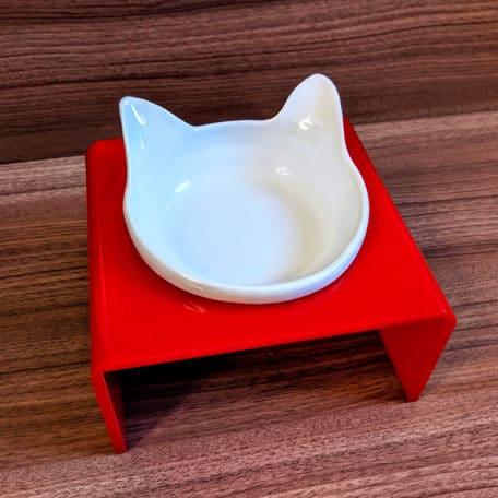 comedouro-elevado-para-gatos-com-orelha-vermelho-2