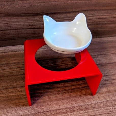 comedouro-elevado-para-gatos-com-orelha-vermelho-3